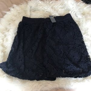 Dresses & Skirts - Abercrombie & Fitch lace navy blue skirt